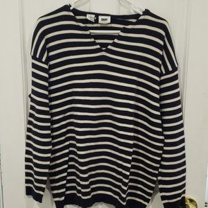 DKNY sweater NWOT